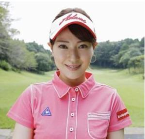 ce3c02c5c486bb0c7592880f95522dea - 【画像】竹村真琴ゴルフ選手の現在。ホステス時代説・引退説を検証!