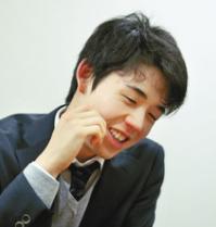 藤井五段グッズ 激レア化!昇段ラッシュの藤井聡太の年収は?