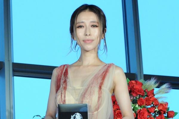 加藤ミリヤ「SUITS/スーツ2」で女優デビュー!初ドラマについて語ってます